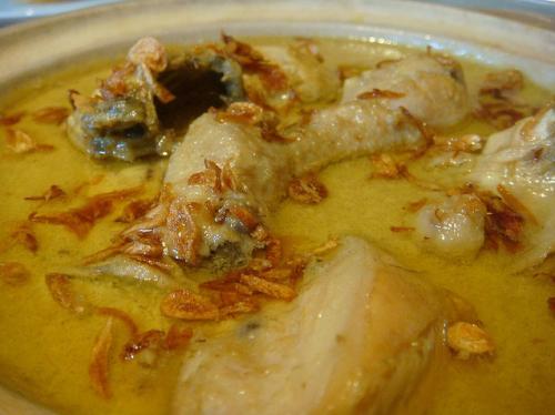 opor ayam from kreasimasakanindonesia-blogspot-com